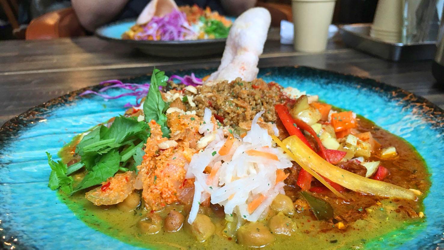 將世界的味道凝聚在一起的新潮日本咖哩
