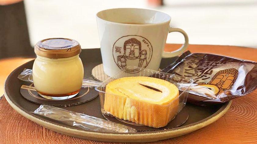 在充滿夢幻童趣的咖啡店,品嘗奈良大佛與布丁結合的創意甜點