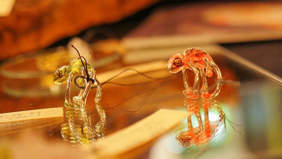 比拼動物園!以「生物」為主題的雜貨店,大阪中崎町「舍利殿」