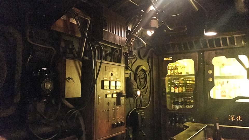 海底羅曼就在這裡!大阪・谷町6丁目潛水艇酒吧「深化」搭艦出航拉
