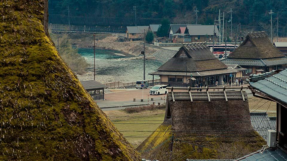 關西也存有如此的原始風景!京都版合掌村「美山かやぶきの里」